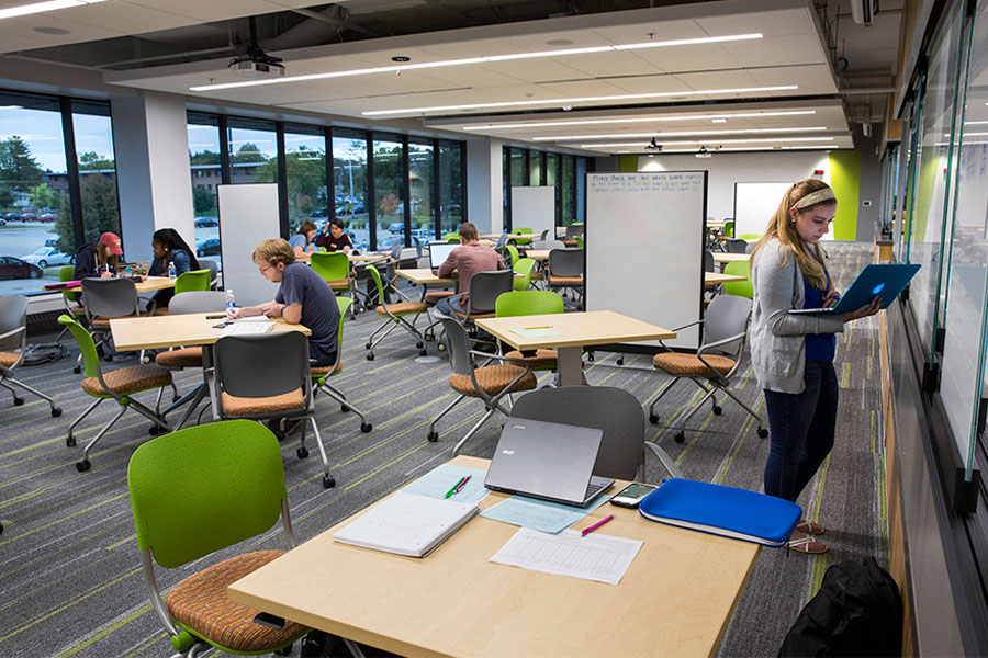 Students studying in the Mary Poppe Chrisman Success Center on the UW-Whitewater campus.