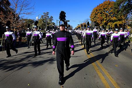 Homecoming Parade »